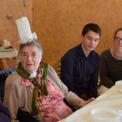 Les 2sapat sont bienveillants à l'égard des personnes âgées